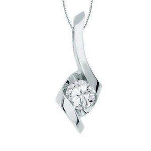 Gorgeous Round Diamond Lady Necklace Pendant White